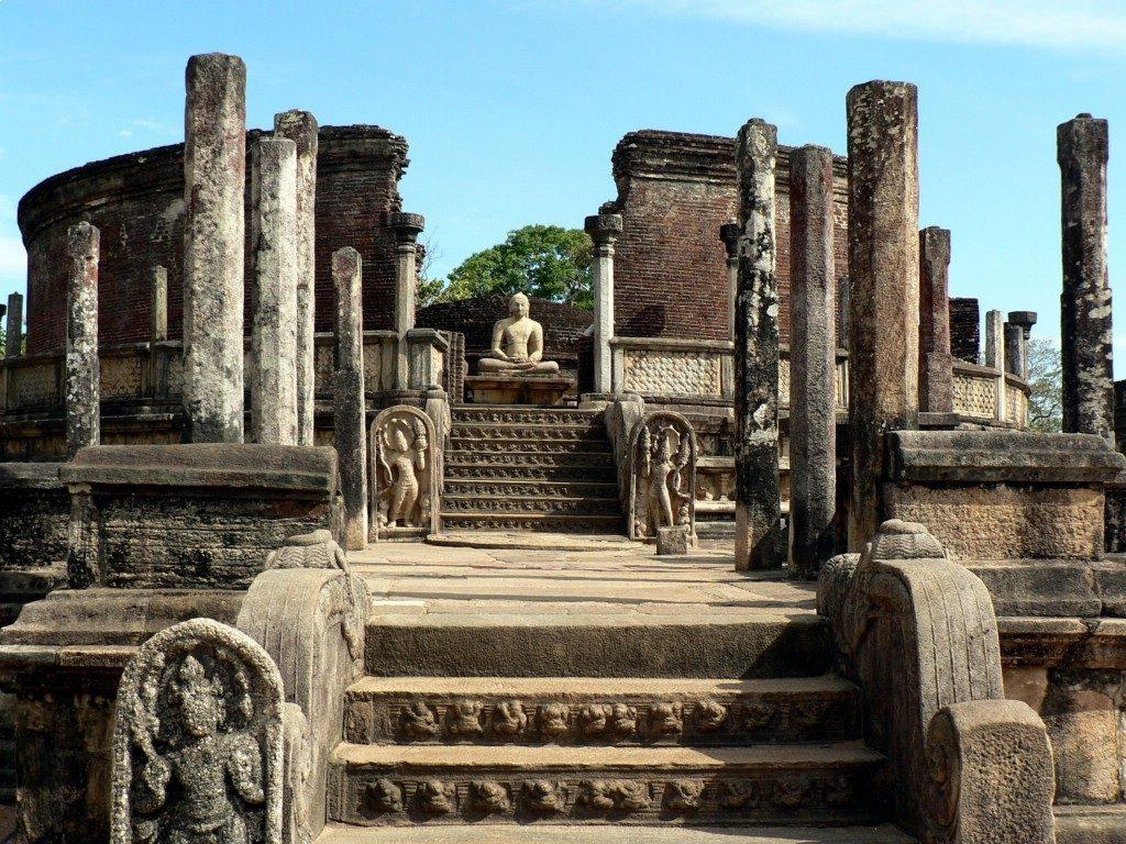 Polonnaruwa tourisme sri lanka